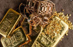 Lebih Menguntungkan Mana Investasi Emas Batangan atau Perhiasan