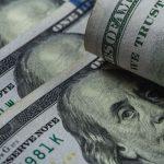 Dolar Turun Setelah Fed Mempertahankan Suku Bunga Tidak Berubah