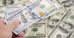 Dolar Menguat Pasca RUU Bantuan Covid-19